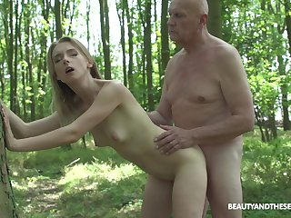 Abroad lovemaking and blowjob in the forest are fantasies of Lily Ray