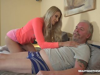 Passionate Hungarian chick Diane Chrystall is so come into possession of sucking old cock in 69