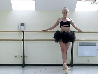 Slender ballerina Dora Tornaszkova gets unembellished and shows ambrosial pussy
