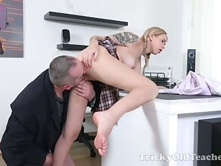 Lovely busty amateur tow-headed coed main gets her penurious pussy fucked