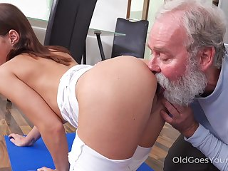 Grey step uncle enjoys making out slutty step niece Mina bringing about yoga exercises